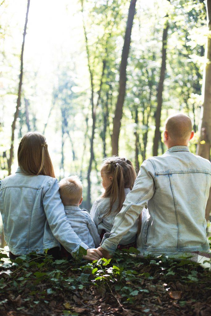 Family insurance | കുടുംബത്തിന് മുഴുവൻ സുരക്ഷ നൽകുന്ന ഫാമിലി ഇൻഷുറൻസുകൾ പരിഗണിക്കാവുന്നതാണ്